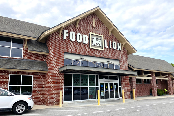 Ahold Delhaize banner Food Lion announced that it agreed to purchase 62 stores in North Carolina, South Carolina, and Georgia from Southeastern Grocers banner BI-LO/Harveys Supermarket
