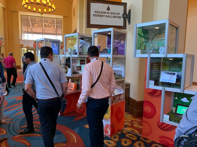Buyers and attendees view the 2019 Viva Fresh Innovations Showcase