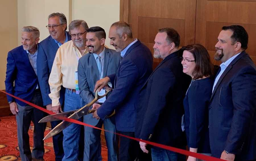 The ribbon is cut, officially opening the 2019 Viva Fresh Expo