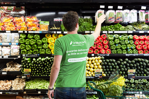 Instacart will offer transfer bonuses to the more than 75 percent of in-store Whole Foods shoppers as they transition to new stores