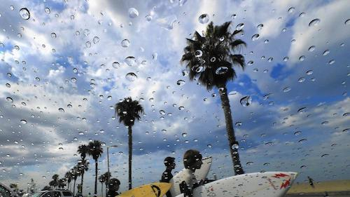 Rain in Southern California from July 18. Photo credited to Allen J. Schaben/Los Angeles Times.
