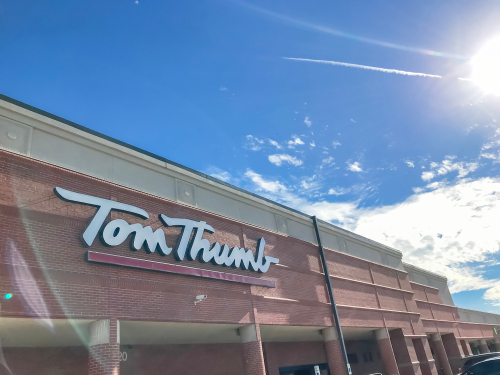 Albertsons will be closing some of its southern division banner Tom Thumb stores